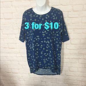 Lularoe leaf print T-shirt small